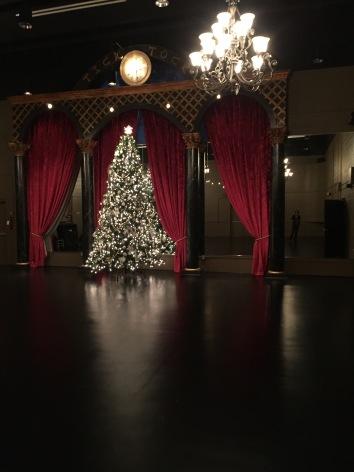 Studion on 501 Washington St., Christmas
